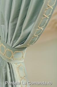 PxxA006-pasmanterie-gri-auriu-perdea-draperie-albastru-elegant