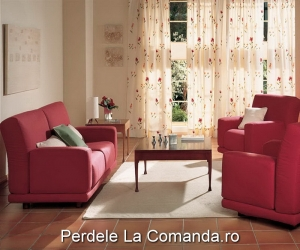 perdele_living_model_floral_rosu