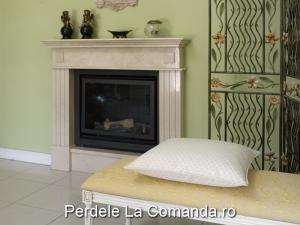 LxxA003-perne-decorative-alb-model-geometric