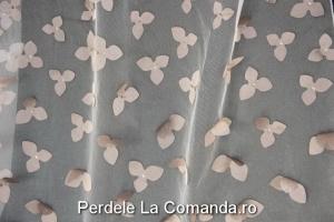 perdele_dormitor_model_floral